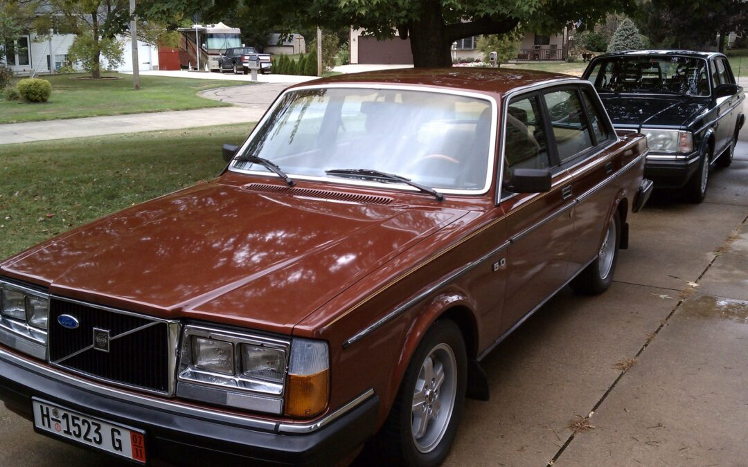 1974 Volvo 264 5.0 Mustang